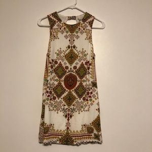 Ecote Dress Trapeze tribal print white small